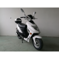 Vitacci Runner49cc Scooter, 4 Stroke, Air-Forced Cool, Single Cylinder - White